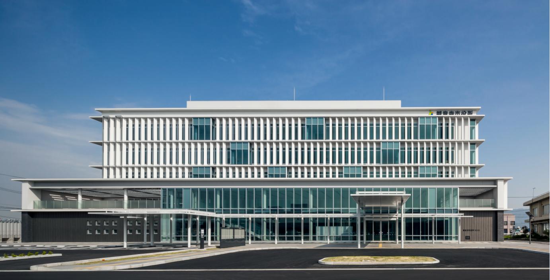 観音寺市役所新庁舎(香川)のスライド