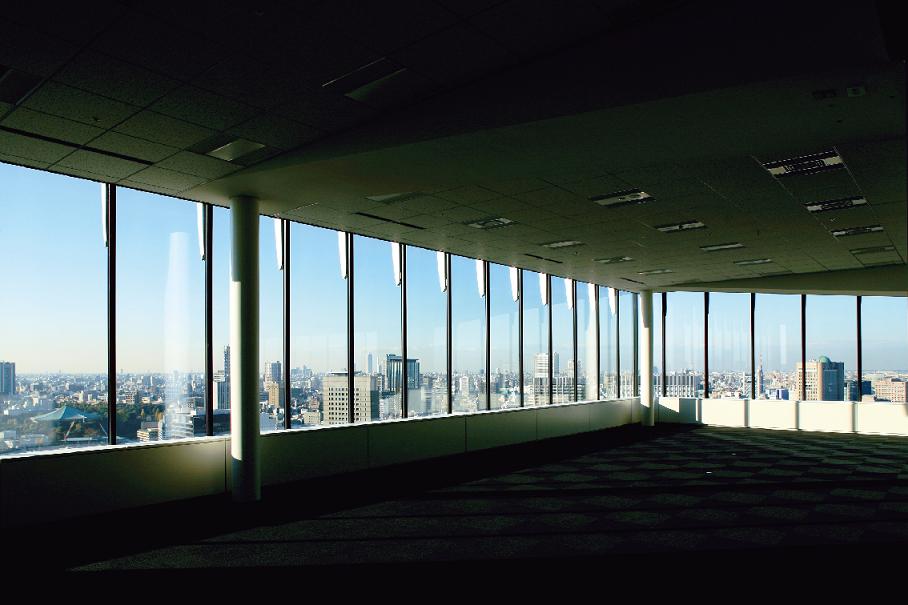 日本経済新聞社 東京本社ビル(東京)のスライド